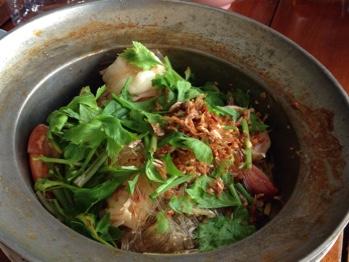 海鮮料理のランチ
