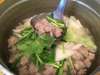 豚肉と春雨のスープ